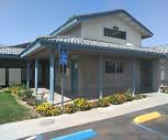 Foothill Vista Apartments, Walter Stiern Middle School, Bakersfield, CA