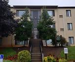 Royal Arms Apartments, 22630, VA