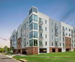 Innslake Place Apartments, Glen Allen High School, Glen Allen, VA