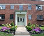 Farber House/La Grande Jatte, Schumacher Place, Columbus, OH