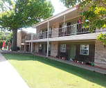 Casa Mia Apartments, Will Rogers Elementary School, Stillwater, OK