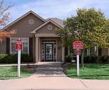 Fieldstone Apartments, Pray Woodman Elementary School, Maize, KS