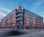 Building, 223 E Town St