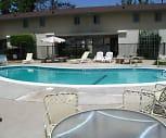 Lakewood Villa Townhomes, Grossmont College, CA
