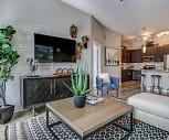 Living Room, Alta Central