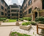 Courtyard, Reside on Irving Park
