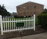 The Hedges, 11751, NY