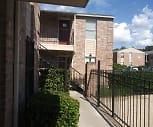 The Ivy Apartments, Hirsch Elementary School, San Antonio, TX