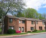 Sierra Woods Apartments, Long Reach High School, Columbia, MD