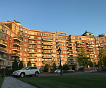 The Wyndham at Garden City, Plainedge, NY