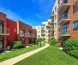 2550 University Apartments, 53726, WI