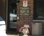 Elm Drive Apartments, 53534, WI