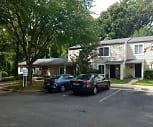 Summit Oaks, 22015, VA