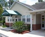Community Center, Lewis Place at Ironwood