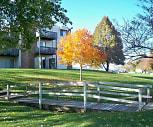 Woodridge Apartments, Gretna, NE
