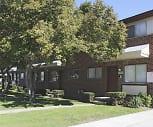 MacArthur Manor Apartments, Ross Medical Education Center  Warren, MI