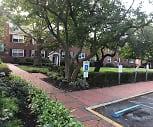 Oak Park Apartments, 07203, NJ