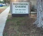 Huntington Gardens, Sunnyside, Fresno, CA