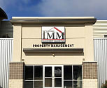 IMM Apartments, Elroy Schroeder Middle School, Grand Forks, ND