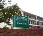 Furnished Studio - Colorado Springs, Broadmoor, Colorado Springs, CO