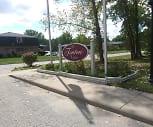 Fenton Estates, Fenton Senior High School, Fenton, MI