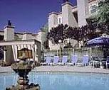 Pool View, Zia Vista