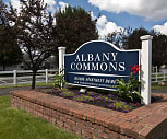 Albany Commons, Newark, OH