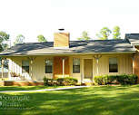 Villa Des Chene Apartments, Hattiesburg, MS