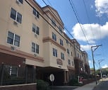 RiverView Apartments, Lincoln College of New England, CT
