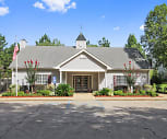 Laurelwood Apartment Homes, St Johns Day School, Laurel, MS