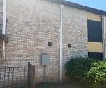 Maravilla Apartment Homes, Joe May Elementary School, Dallas, TX