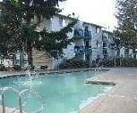 Heated Seasonal Pool, Bravado on 27th