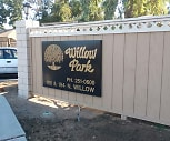 Willow Park Apartments, Easterby Elementary School, Fresno, CA
