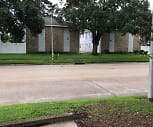 River Oaks Apartment, 70068, LA