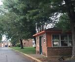 Mckenzie Acres Apartments, Oak Ridge High School, Oak Ridge, TN