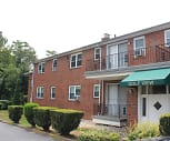 Golf View Apartments, Avon Rd Station - SEPTA, Upper Darby, PA