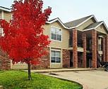 Building, Remington Park Apartments