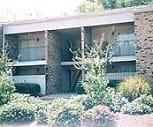 Exterior, Forest Ridge