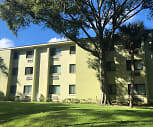 Pine Grove Apartments, Howard W Bishop Middle School, Gainesville, FL
