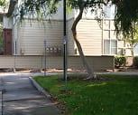 Meadow Glen Apartments, Elk Grove, CA