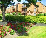 Park Lane Circle Apartments, 14094, NY