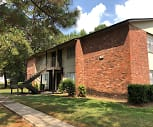 Pine Trails, Mississippi College, MS