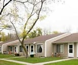 Hampton House, 48706, MI