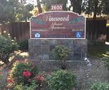 Vinewood Apartments, Prescott Junior High School, Modesto, CA