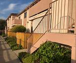 La Valle De Vista Apartments, Fallbrook, CA