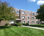 Mapletree Apartments, Woodstock North High School, Woodstock, IL