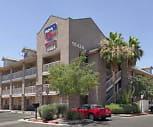 InTown Suites - Chandler Blvd (CHB), Kyrene Del Milenio, Phoenix, AZ