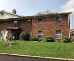 West Apartments, Virginia, IL