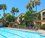 Estancia Apartment Homes, Tustin, CA