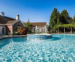 Pool, Lexington On The Green